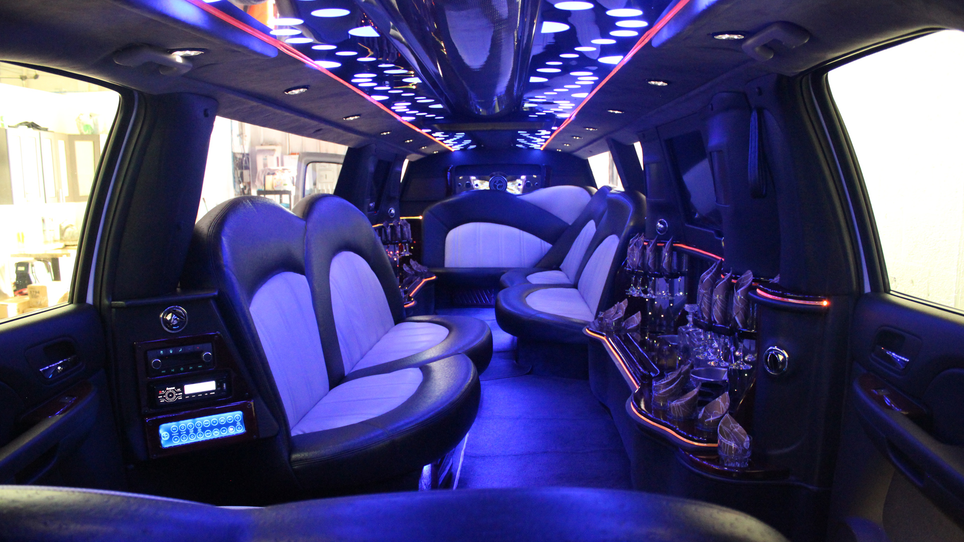 ESCALADE STRETCH LIMO interior long island limo